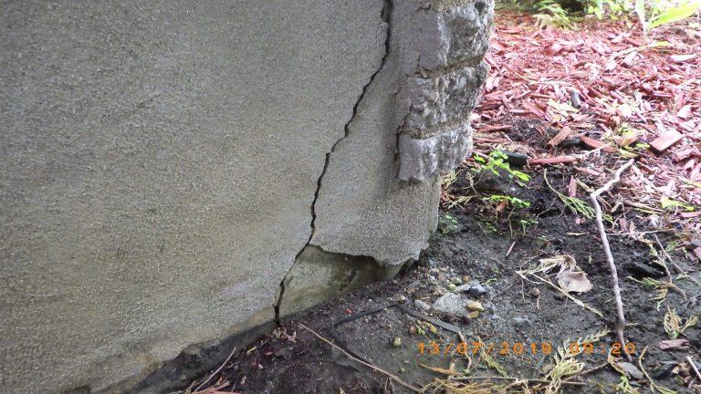 Fissure dans le mur de fondation